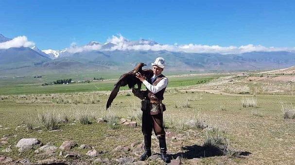 Kırgızistan Yüyürüş Turu üst Kapak