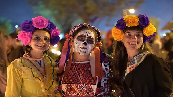 Meksika Turu Hale Sargın 2 1