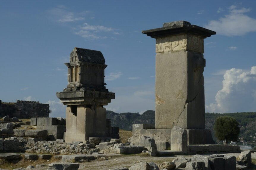 XANTHOS TOWERS 1 Resize 862x575